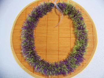 Hawaiian lei making