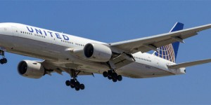 United Miscalculates Fuel For Hawaii Flight