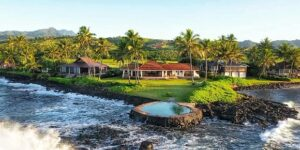 Rich and Famous Kauai: Storied Oceanfront WSJ-House of The Year