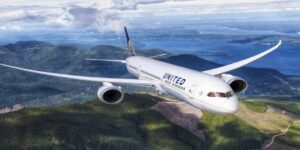United Airlines Bypasses COVID Screening at Hawaii Airports