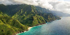 $78 Hawaiian Air Deal Doesn't Stop Headwinds + COVID Cases Drop 17%